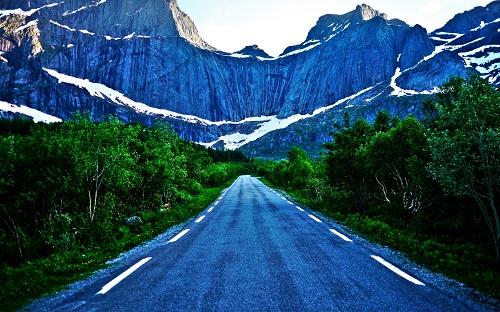 Road-Toward-the-Mountains1